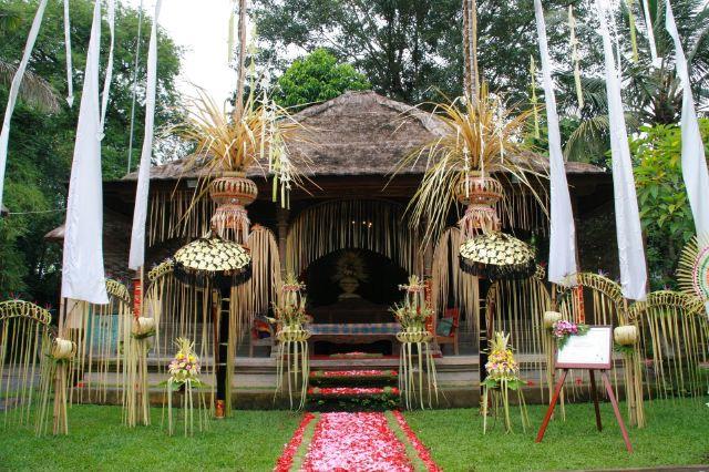 タマンサリ宮殿のメイン。新郎新婦が着座する場所。